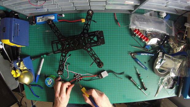 Build a Mini Racing Quadcopter 03