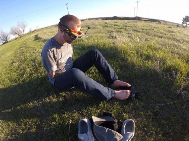 a-man-use-his-feet-to-control-fpv-drone-01-768x576
