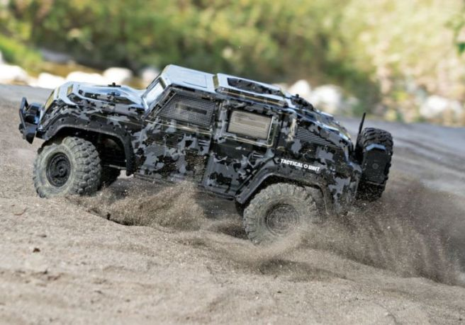 traxxas-trx-4-tactical-unit-03